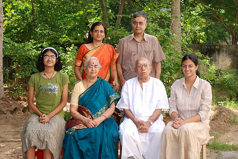 iyer_family_3_generations_2007_11_04